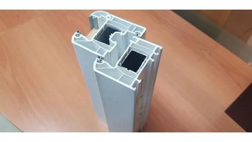 Profilo in PVC da 70mm con 6 camere